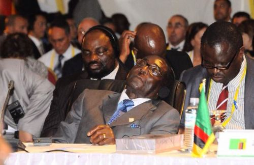 mugabe-sleeping3